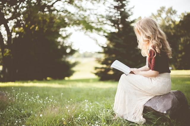 婚活に疲れたら読むべき【気持ちの上がる本5選】