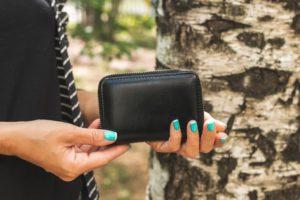 婚活アプリで会う際のポイントと注意点【安全に楽しく会おう】 財布