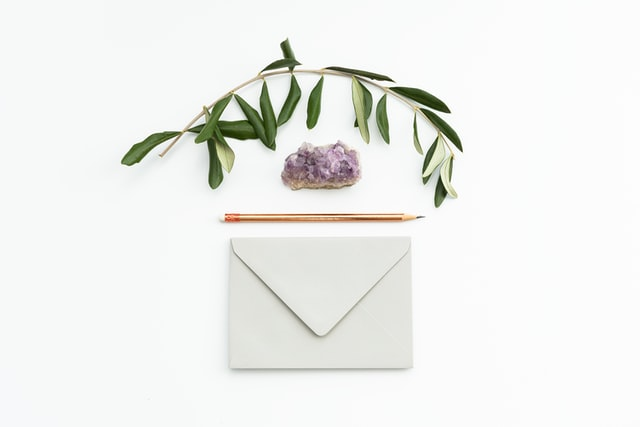 WEB招待状の楽々!Wedding招待状の魅力と特徴を解説【1.5次会や2次会で使おう!】