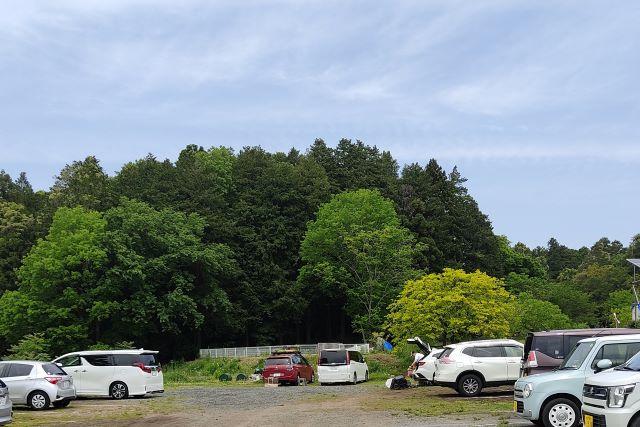 しもはじ埴輪キャンプ場 駐車場