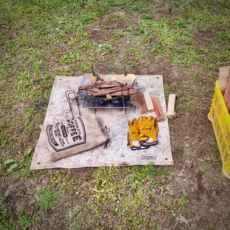 これであなたも初心者卒業。焚き火のやり方、火のつけ方を3分で解説